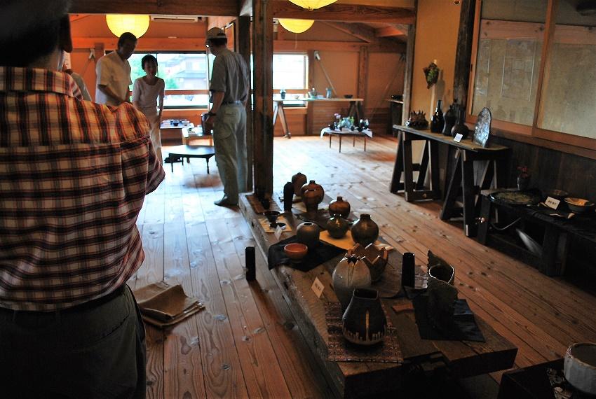 今日から陶芸作品展が始まりました