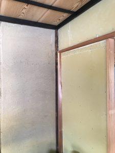 土壁は、塗り替え出来ます。
