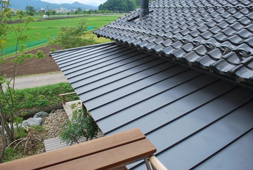 新モデルハウスの屋根
